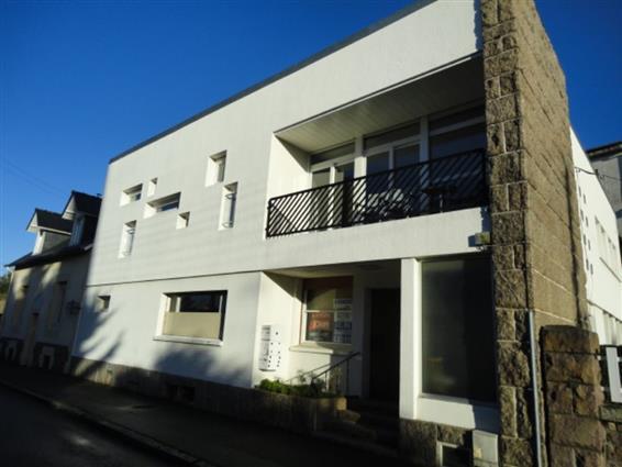 PAIMPOL Proche du Port Appartement à réaménager