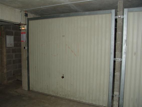 BOX GARAGE