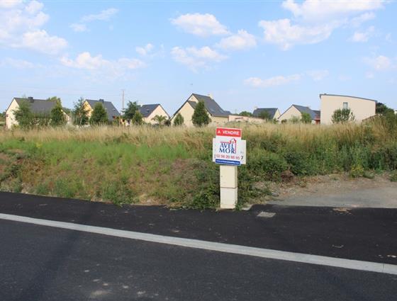 Terrain constructible 888 m²