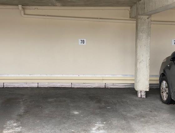 Emplacement de parking couvert PAIMPOL